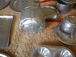 broken cookware set